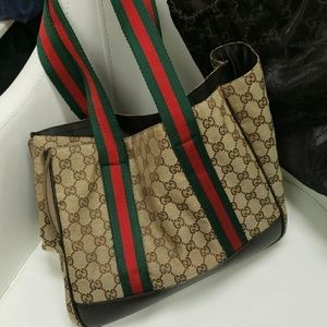 Dog carry purse by Gucci
